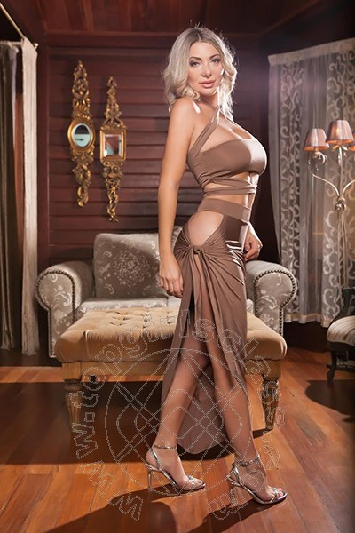 Leyla Novit�  RAVENNA 331 9607144