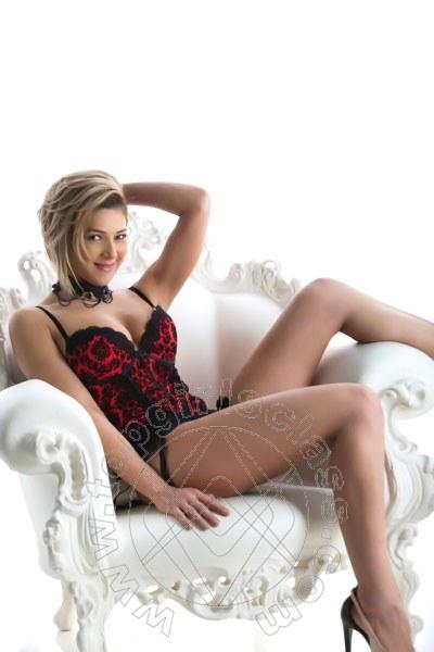 Aline Hot  CIVITANOVA MARCHE 333 8205301