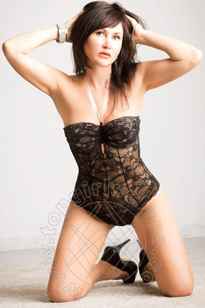 Angela Russa  FORL� 324 8996491